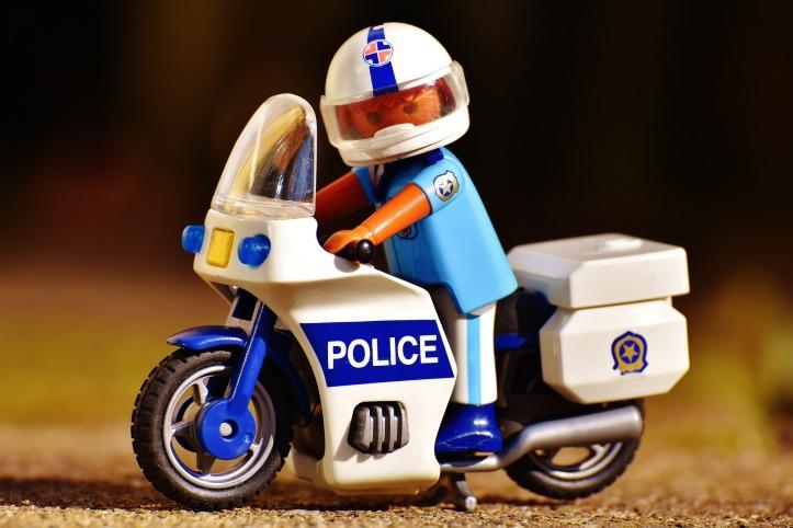 police-2080810_1920