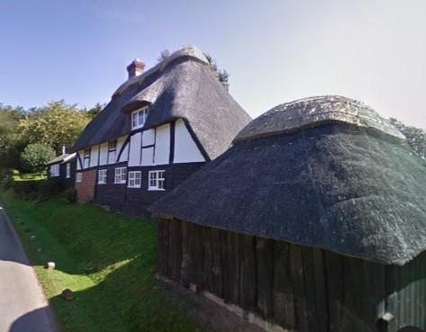 Imagen actual de Pound Cottage, donde P.L. Travers escribió Mary Poppins en 1934 (Google Maps